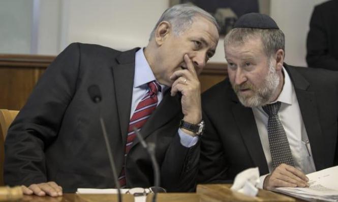 مندلبليت توصل لقرار بملفات نتنياهو: ترجيحات بتقديم لائحة اتهام الخميس