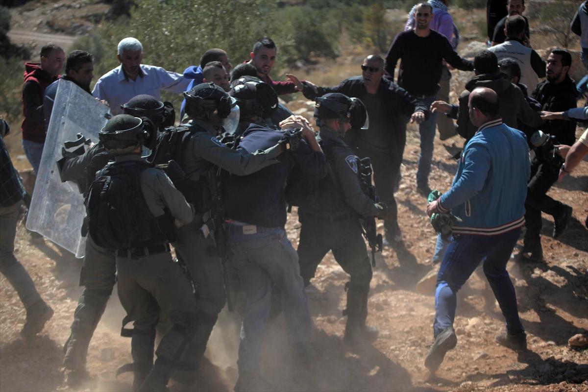 الضفة: إصابات في قمع الاحتلال لمسيرات مناهضة للاستيطان