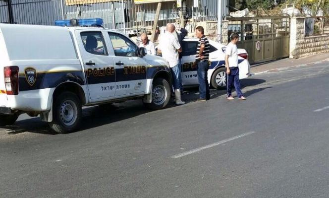 إصابتان بالرصاص في سطو على محل صرافة بمنطقة الناصرة