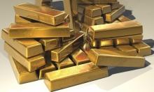 ارتفاع الدولار وهبوط الذهب بعد بيانات أميركيّة