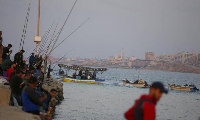 تقرير: خلاف بين الجيش الإسرائيلي والشاباك حول تسهيلات بغزة