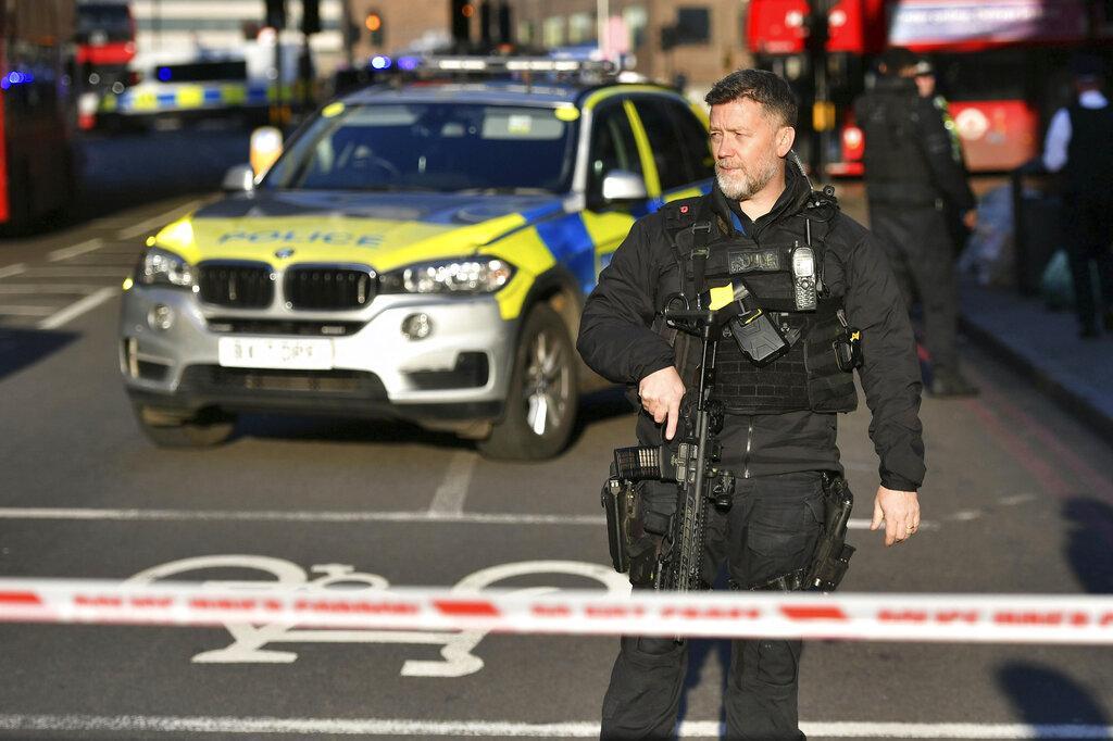 مقتل شخصين والمنفذ بعملية الطعن على جسر لندن