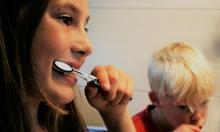 دراسة: تنظيف الأسنان قد يقي من أمراض قلبية