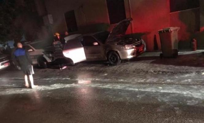 سخنين: إضرام النار بسيارتين