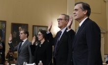 """خبراء دستوريون يؤكدون: مخالفات ترامب تستدعي """"العزل"""""""