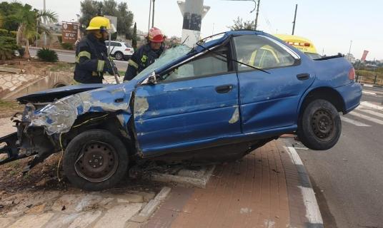 مصرع شخص في حادث طرق وسط البلاد