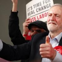 بالتزامن مع الانتخابات البريطانية: إسرائيل تحرّض على كوربين