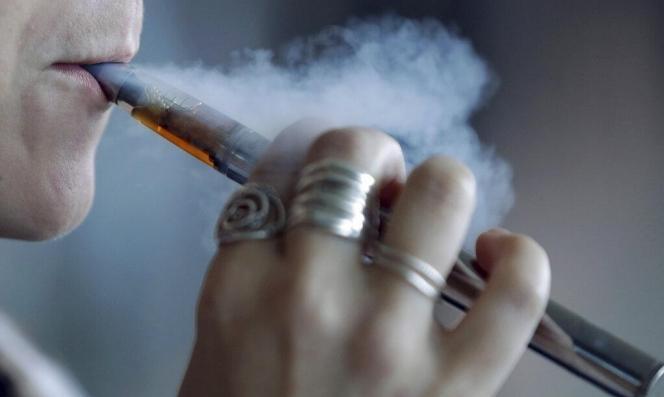 عدد ضحايا تدخين السجائر الإلكترونية يرتفع لـ52