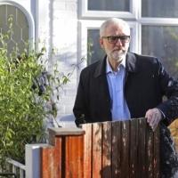 كوربن يعتذر عن هزيمة حزب العمال التاريخية في الانتخابات البريطانية