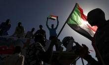 السودانيون يجوبون الشوارع للمطالبة بتحقيق أهداف الثورة