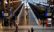 فرنسا: إضراب عمال النقل يفسد احتفالات الميلاد