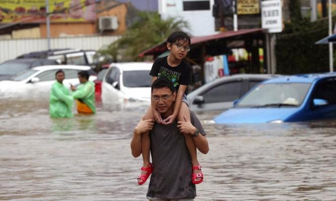 إندونسيا: 18 قتيلاً في الفيضانات