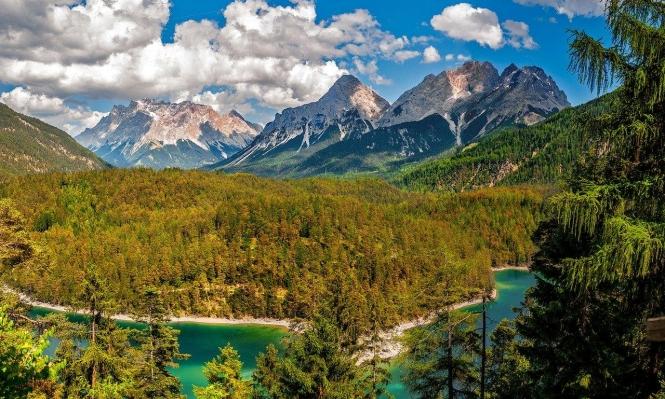 الجبال.. حاضنة التنوع البيئي في خطر