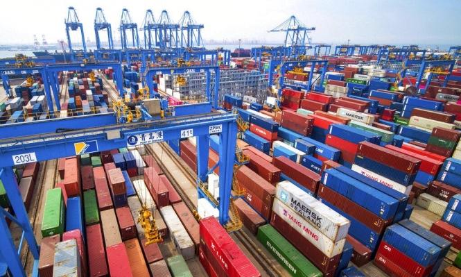 الفائض التجاري بين بكين وواشنطن ينخفض بـ8.5% خلال 2019
