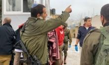 إصابة مستوطن خلال عملية طعن في الخليل واعتقال المنفذ