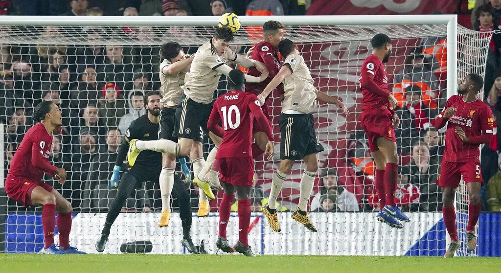 صلاح يقود ليفربول للفوز على مانشستر يونايتد