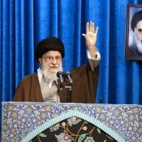 إيران تهدد بالانسحاب من معاهدة الأسلحة النووية