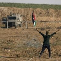 الاحتلال يقرر احتجاز جثامين 3 شهداء سقطوا مساء أمس
