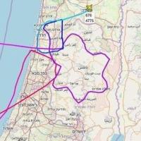 """طائرة حربية إسرائيلية ترسم """"نجمة داوود"""" في سماء الضفة المحتلة"""