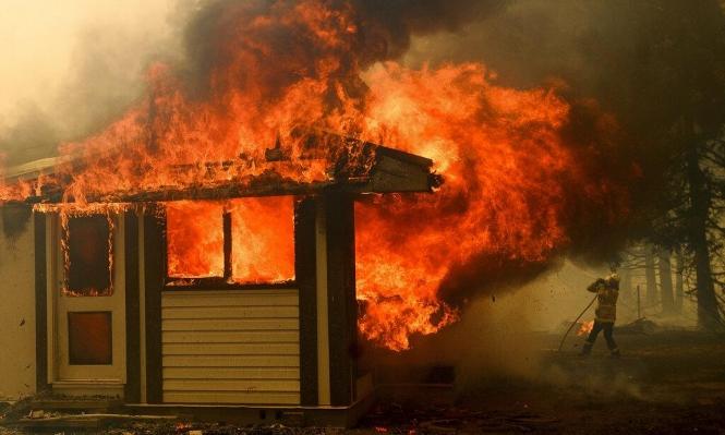 أستراليا: تحطم طائرة خلال مشاركتها بإخماد حرائق الغابات