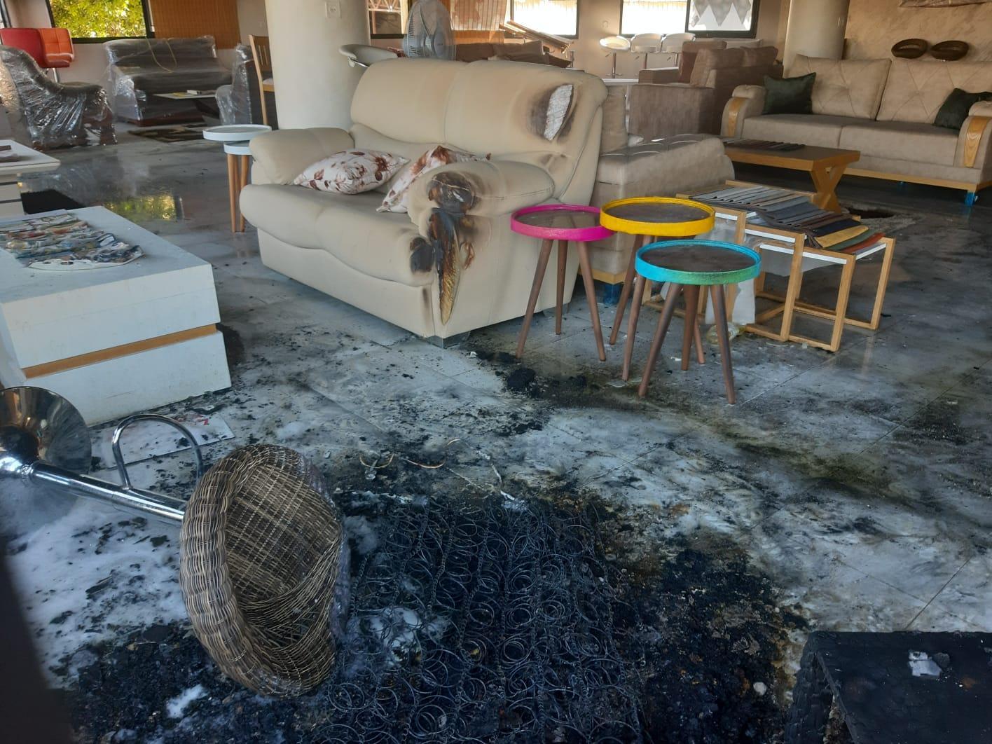 عرابة: حريق وأضرار في محل تجاري
