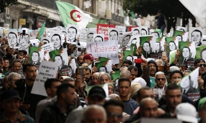 """""""البديل الديمقراطي"""".. مشروع توحيد الحراك الجزائري بمواجهة النظام"""