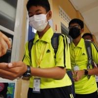 وباء كورونا: الوفيات ترتفع إلى 106 والصين تمدد عطلة المدارس