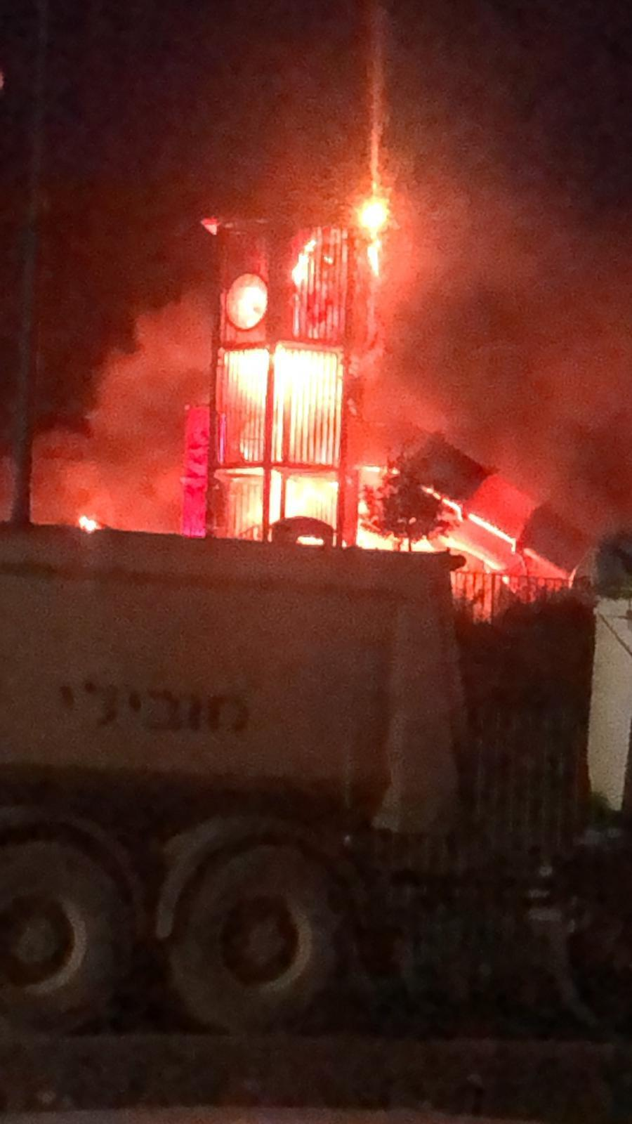طرعان: مجهولون يحرقون حديقة ألعاب للأطفال