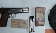 ضبط سلاح وذخيرة ومفرقعات واعتقال مشتبهين في حورة وكفر مندا