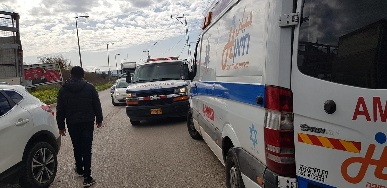 إصابتان في حادث طرق قرب مدخل جديدة المكر