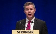 وزير المالية الإسكتلندي يستقيل بعد تحرشه بمراهق