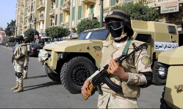 مقتل سبعة عسكريين في اشتباكات مع مسلحين شمال سيناء
