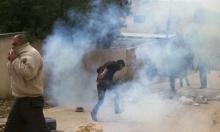 أبو ديس: إصابة طلبة وأعضاء بالهيئة التدريسية بمجمع المدارس بالاختناق
