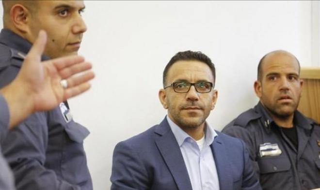 الاحتلال يمنع محافظ القدس من دخول الضفة ويعتقل شابا بالعيساوية