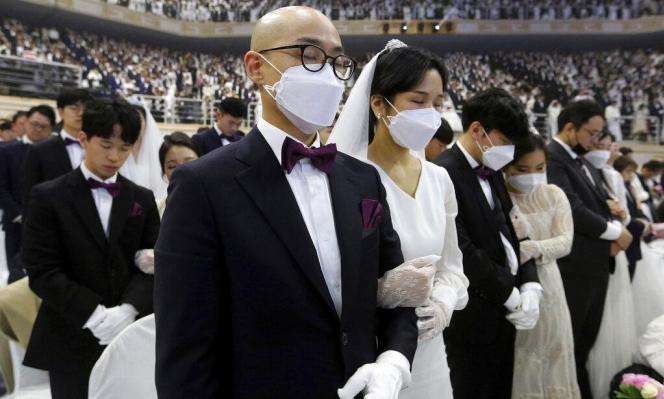 """حصيلة فيروس """"كورونا"""" تتخطى 1500 حالة وفاة و66 ألف إصابة"""