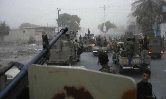 وزير يمني: الإمارات تضع السعودية بوضع حرج في عدن