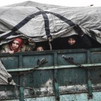 قوات النظام تسيطر على حلب وتركيا تتأهب لعملية عسكرية في إدلب