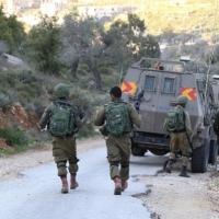 مداهمات واعتقالات بالضفة وتوغل عسكري في غزة