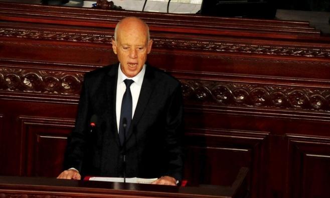 سعيّد: لا يمكن سحب الثقة من حكومة تصريف الأعمال التونسية