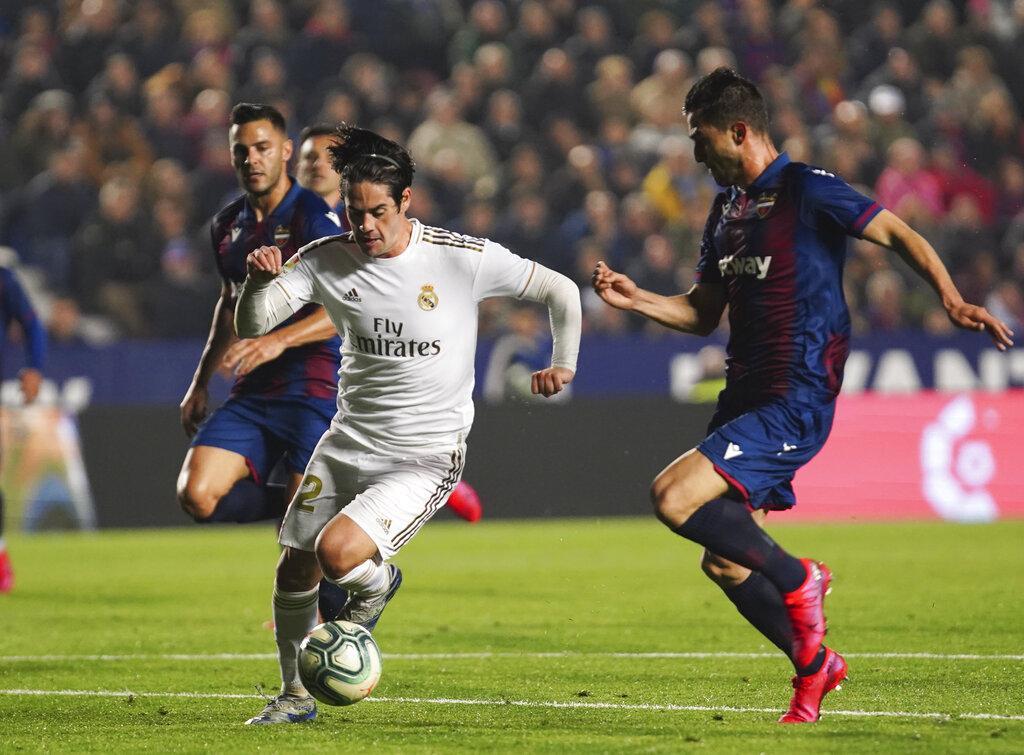 ليفانتي يُسقط ريال مدريد بهدف يتيم