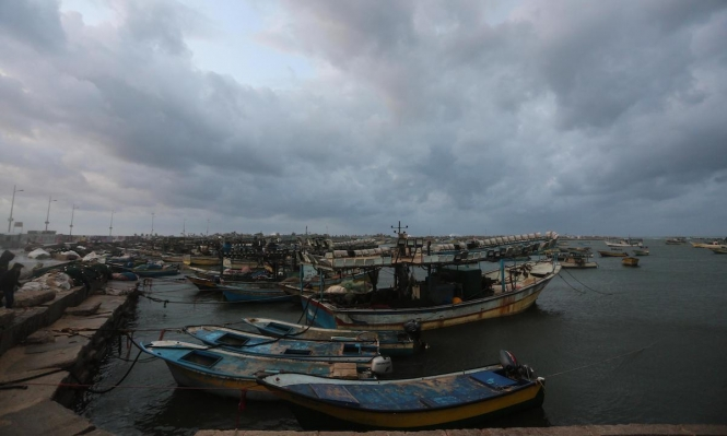 تشديد الحصار على غزة: إغلاق المعابر وإلغاء مساحة الصيد
