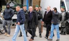 القدس المحتلة: الشرطة تعتقل التفكجي وعبيدات بعدما داهمت منزليهما