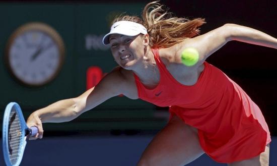 شارابوفا تعتزل التنس