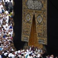 منعا لوصول كورونا: السعودية تعلق مؤقتا دخول المعتمرين