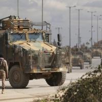 بعد مقتل جنودها في إدلب: تركيا تفتح حدودها للاجئين السوريين إلى أوروبا