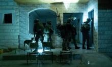 مداهمات واعتقالات بالضفة طالت قيادات من حماس