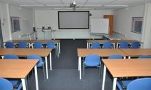 لجنة متابعة قضايا التعليم تدعو للالتزام بالتعليمات بشأن مواجهة كورونا