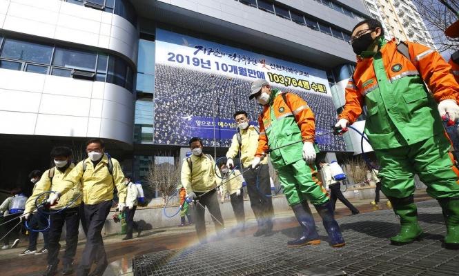 اليابان تقدم قروضا بدون فائدة لدعم الشركات المتضررة من كورونا