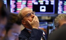 الأسهم العالمية تهوي بشكل غير مسبوق بسبب كورونا