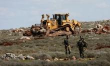 اعتداءات للمستوطنين بالضفة والقدس وحالات اختناق بنابلس